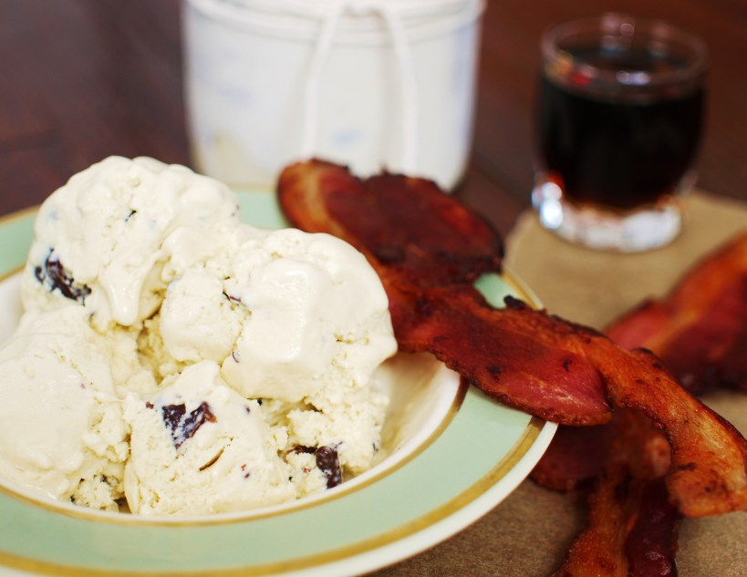 maple-bacon-ice-cream
